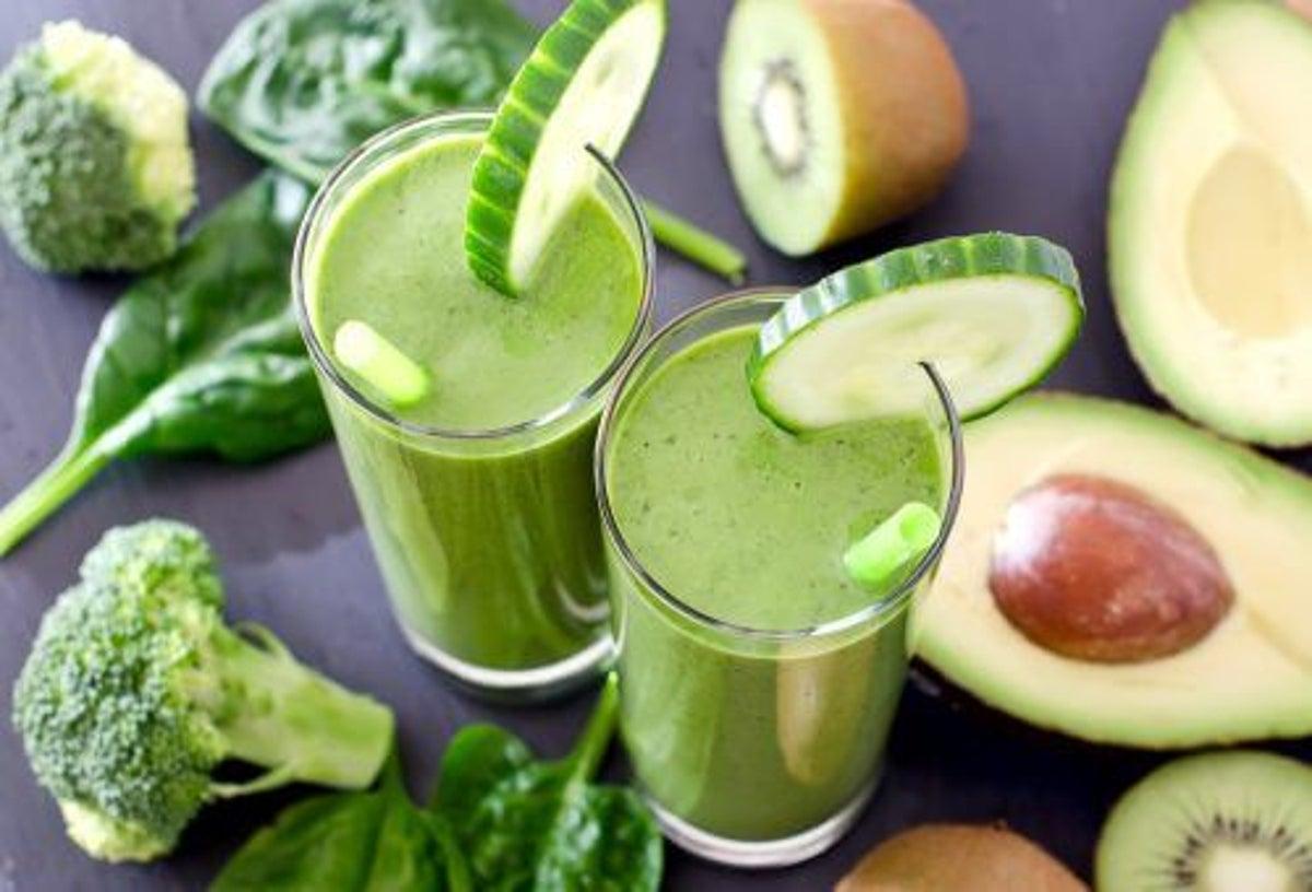Cură de detoxifiere de 7 zile cu smoothie-uri verzi - Doza de Sănătate