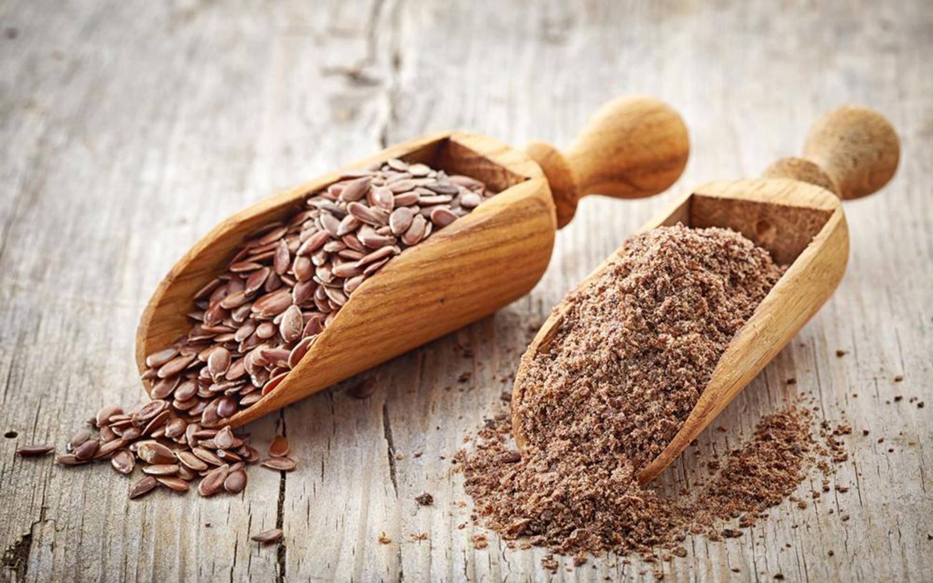 Detoxifiere colon cu faina de in. Reteta de detoxifiere cu miere si seminte de in