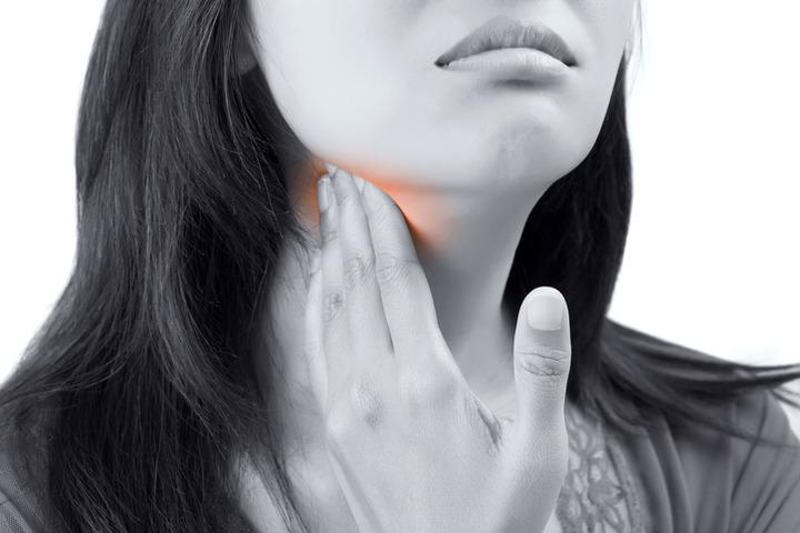 papilloma virus gola sintomi)