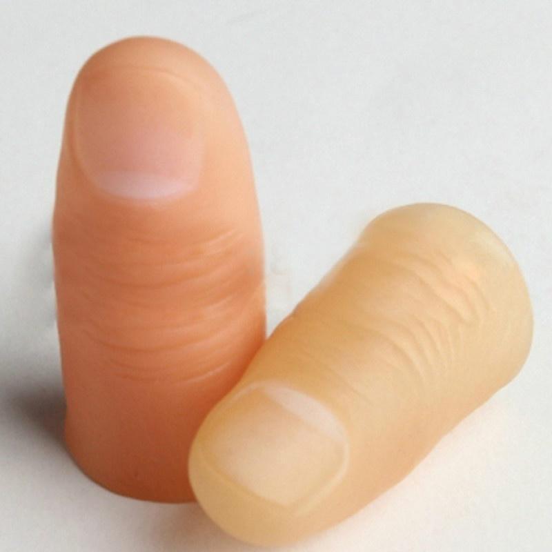 se udă între degete)